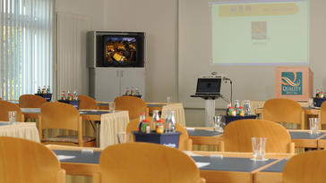 Konferenzraum / Tagungsräume / Conferences rooms